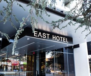 East Hotel - Hotel Entrance