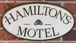 Hamilton's Townhouse Motel