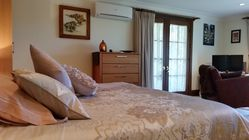 Bellbird Cottage Bed and Breakfast