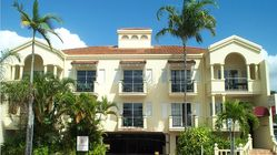 Villa Vaucluse Apartments of Cairns