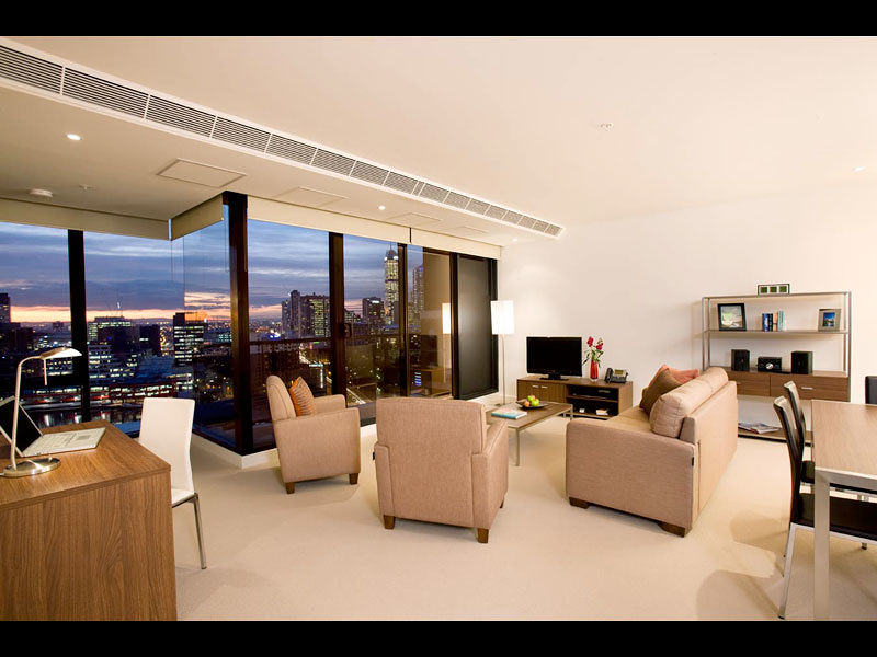 Melbourne Short Stay Apartments On Whiteman Southbank Qantas