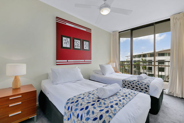 3 Bedroom Ocean View - Twin Bedroom