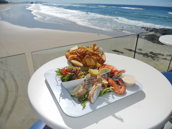 Dine right on the beach