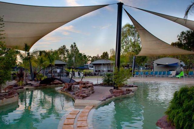 moama on murray resort qantas hotels australia. Black Bedroom Furniture Sets. Home Design Ideas