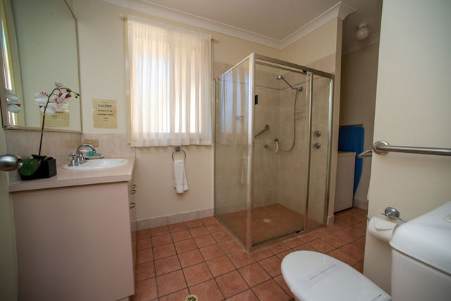 Disabled Friendly Unit- shower only